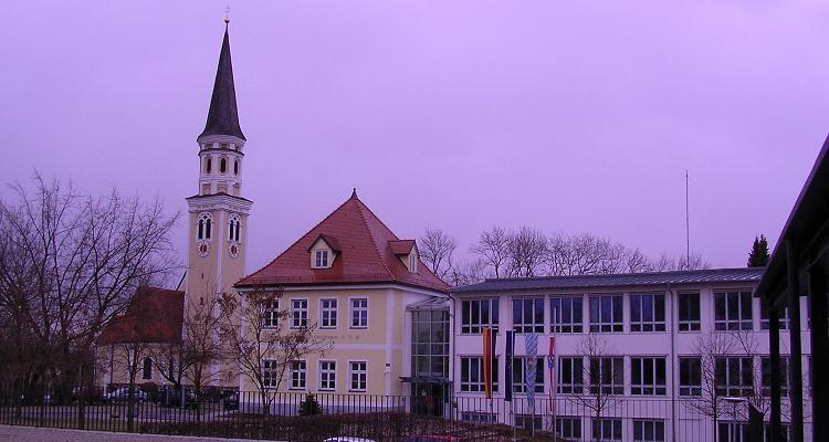 - odelzhausen-rathaus